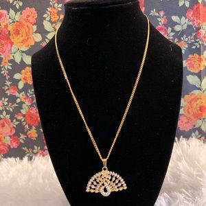 Jewelry - 18k Italy Gold Filled Necklace w/ pendant.
